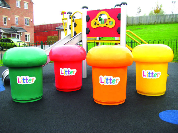 Picture of Set of 4 Mushroom Litter Bins with Litter Letters (No Spots)